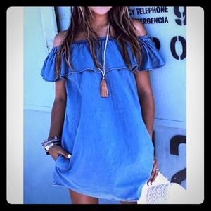 Dresses & Skirts - NEW • off the shoulder casual denim dress